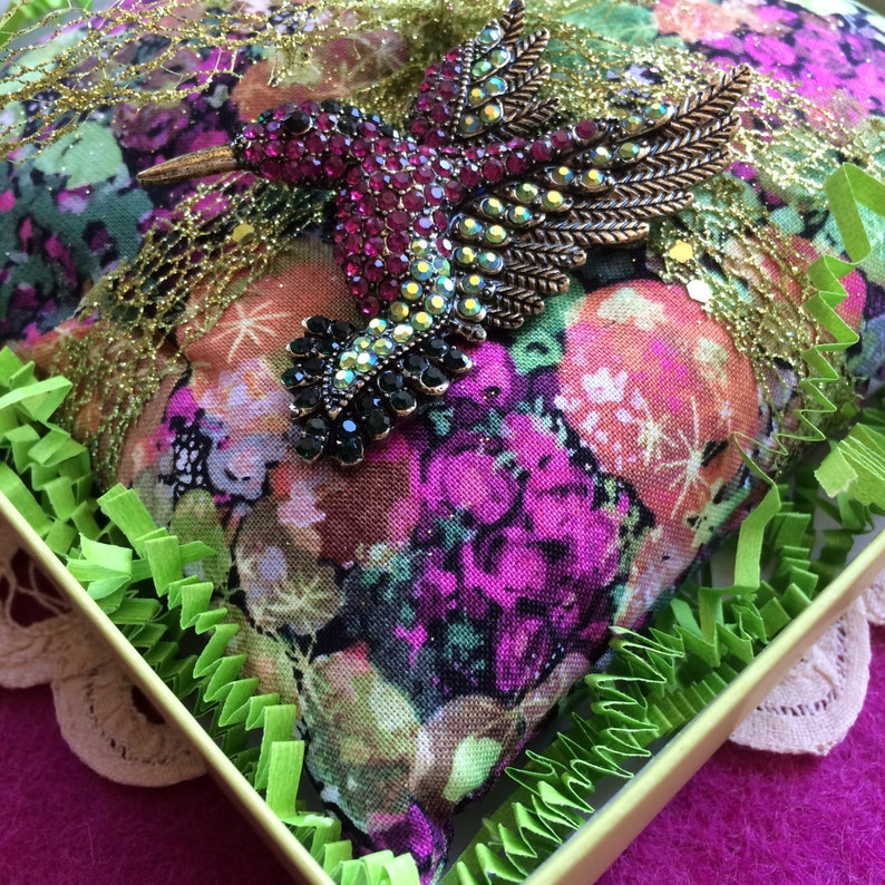 1 Extra Large 6  HUMMINGBIRD  BROOCH SACHET filled with 3 Cups Organic Lavender in 6X6 Chartreuse Box Lacy Lime Ribbon