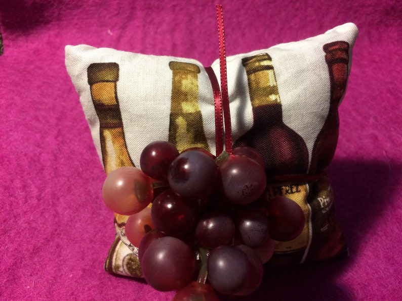 Organic Lavender WINE BOTTLE SACHET Tied with Grapes Nice for Wine Lovers or Wine Tasting or Wine Party