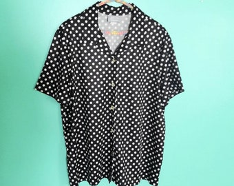 1990s Y2K Vintage Blair Black and White Polka Dot Polyester Button Up Short Sleeve Shirt