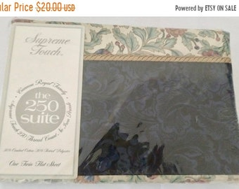 Cannon Royal Navy Floral Print CottonPolyester Twin Flat Sheet Gabrielle Vintage and NEW On Sale Fieldcrest Canon 250 Thread Count