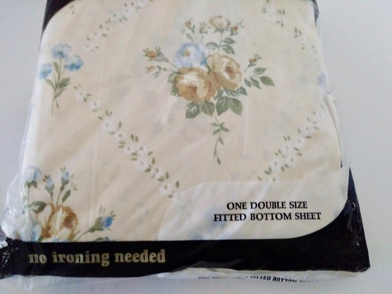 On Sale Cotton Poly Vintage and NEW Floral Print Montgomery Wards Percale Double Full Size Fitted Bottom Sheet BeigeBlueGreen