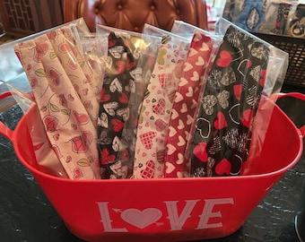 Kids Valentines Hearts Face Mask Grab Bag / Reuseable Face Masks / Washable Face Masks / Set of 5 Masks