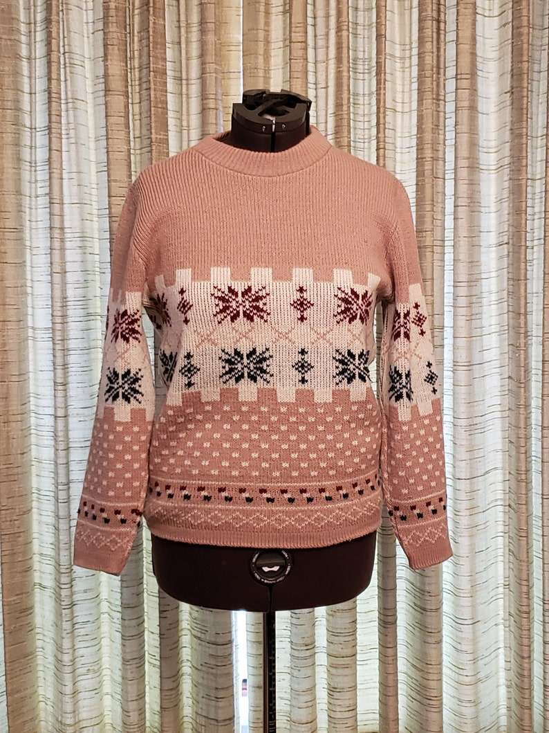 Mans Holiday Sweater / Beige Maroon Green Creme / Snowflake image 0