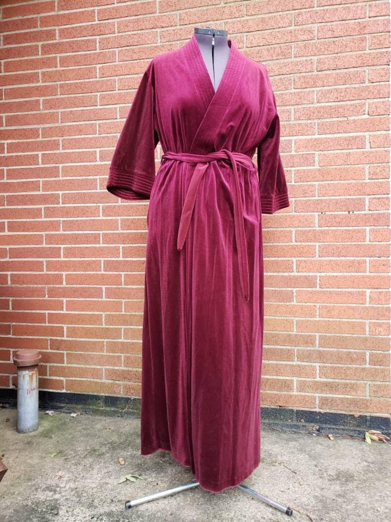 Mid Century Robe / Vintage Holly of Gloria Moret of California image 0