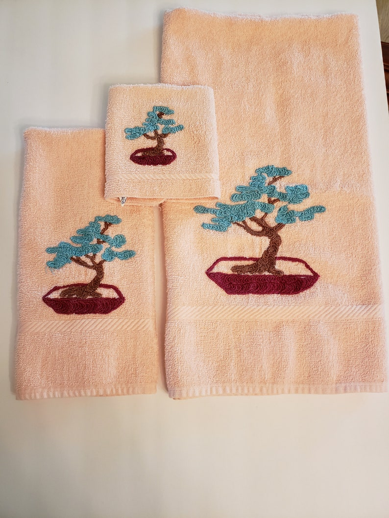 Vintage Guest Towels / Pink Cannon Towel Set / Bonsai Tree / image 0