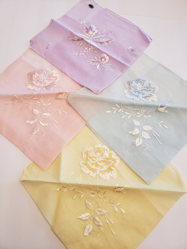 Pastel Hankie Set / Vintage Hankies / Set of 4 / Coordinating image 0