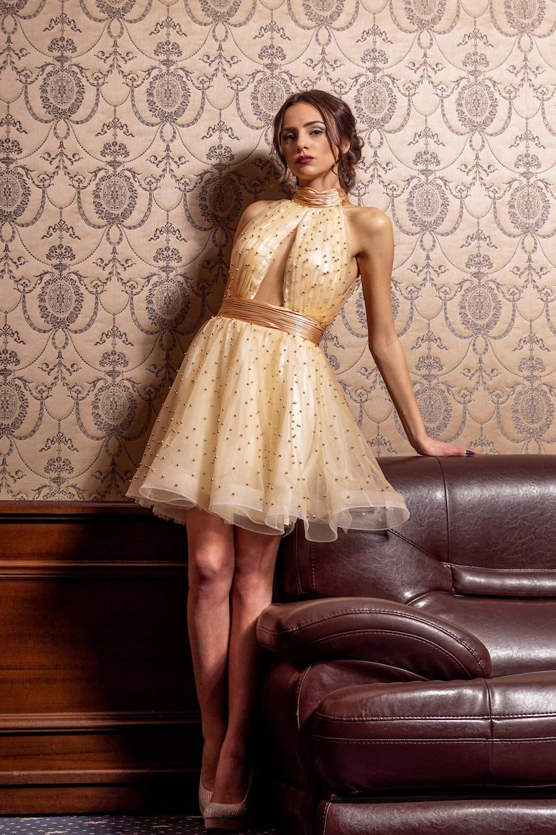 finest selection 675a7 2340b Vestito oro corto, Prom vestito da ballo, Fit e flare Abito, abito di alta  moda, Abito da sera di Tulle, Keyhole perla abito, abito damigella d'onore