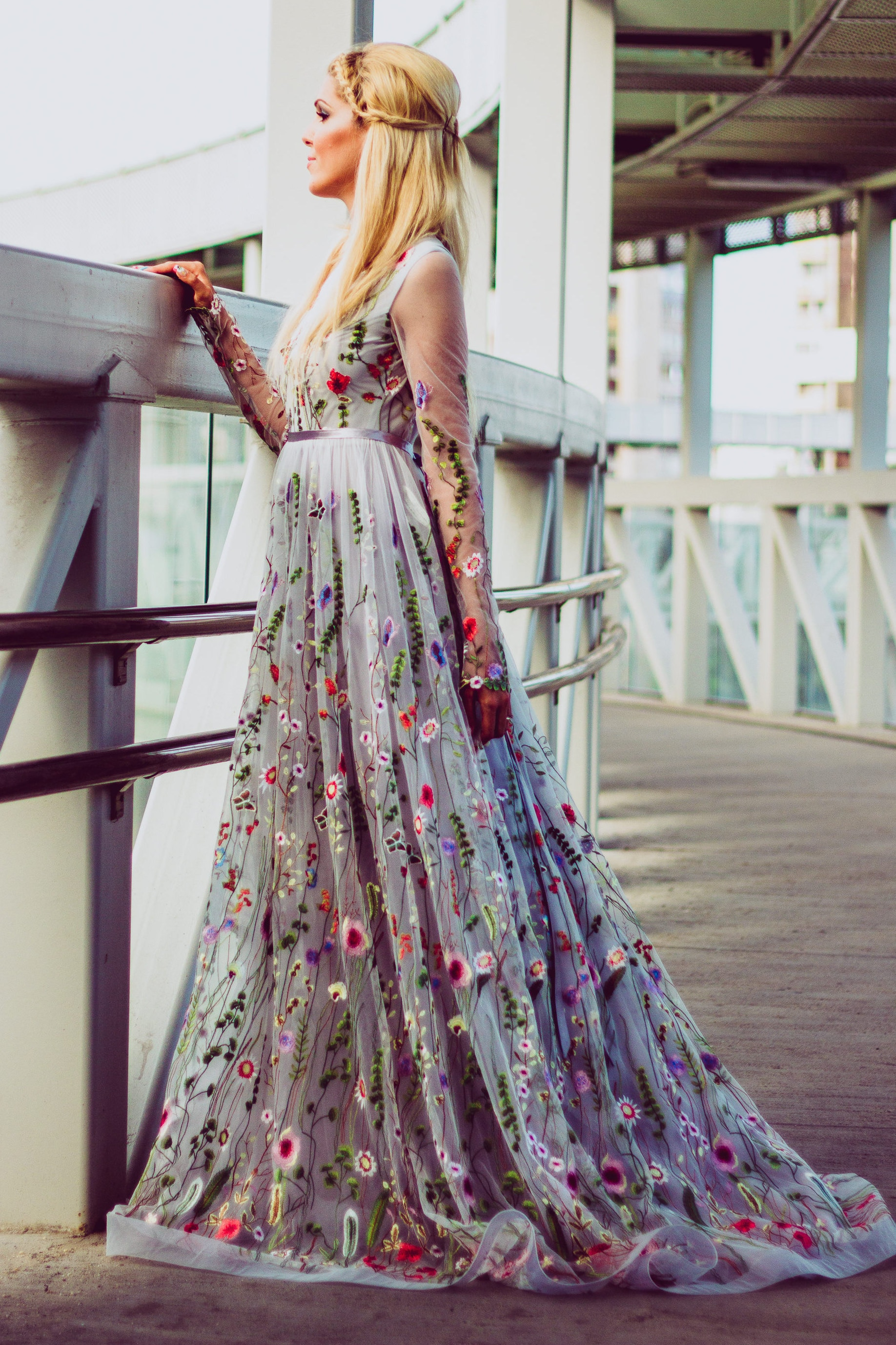 Grey Wedding Dress.Flower Wedding Dress In Gray Color Wedding Dress With Sleeves Bridal Dress Long Wedding Gown In Grey Embroidered Wedding Dress From Tulle