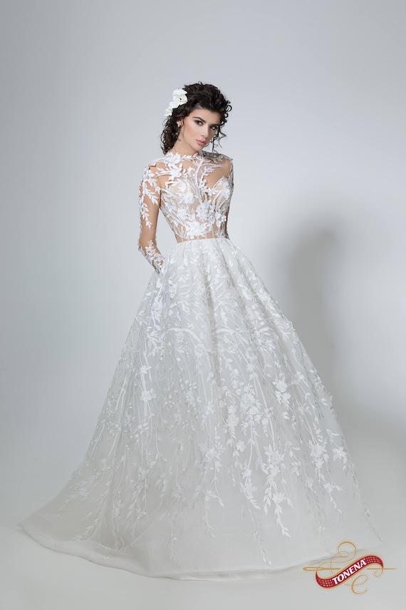Brautkleid in weiß Boho Brautkleid mit Ärmeln einfach Spitze