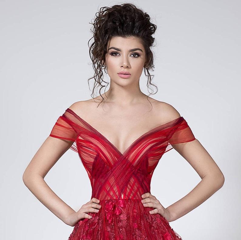 b4f0d5c125abb6 Rode prinses jurk voor formele gebeurtenissen prachtige prom