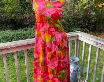 60s Vintage Royal Hawaiian Barkcloth Vibrant Floral Aloha Resort Dress