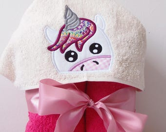 Unicorn Peeker Hooded Towel Applique Machine Embroidery Design. Girl towel with unicorn Applique embroidery design. Instant download.