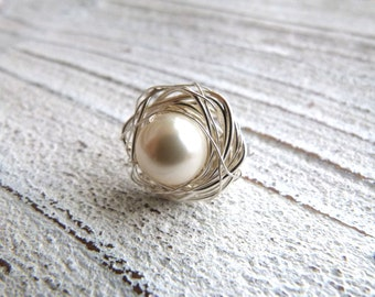 Pearl Ring #86,Ladies Ring,Ring Nest,Ring Silver Wire, Wire Wrap,creme cream white Pearl,Handmade Jewelry,Women,High Fashion,Boho Rings