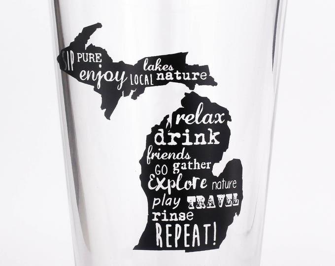 A Michigan State of Mind -16 ounce Pint Glass- Michigan lover - Up North - Gift - Beer