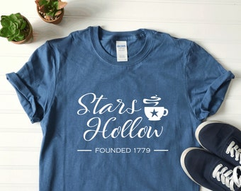 cbea3184 Stars Hollow Tee | Gilmore Girls Themed T-Shirt | Cute Ladies Gilmore Girls  Shirt