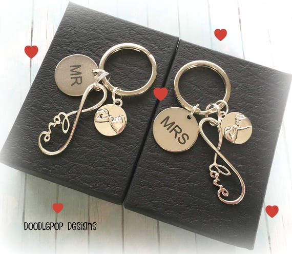 Personalised couple keyrings Infinity Wedding gift Mr and  f73b3942a9a7