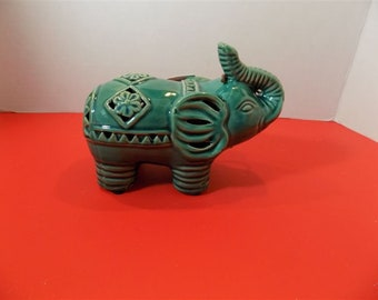 NEW Good Luck Elephant Figurine GC Naturals Potpourri Sachet Holder Scent