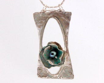 Silver pendant necklace with patina finish and black natural pearl. Free shipping