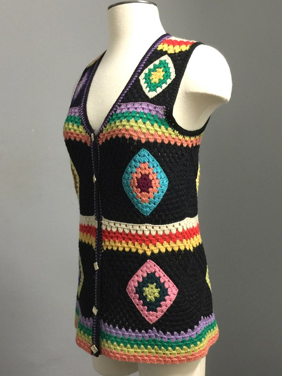 Vintage  70s Wool Handknit Crochet Black Multicol… - image 2