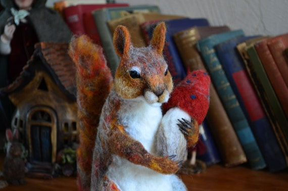Needle Felted Squirrel - by Harthicune