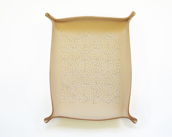 Catchall Sashiko Leather Tray - Bamboo Embroidery Leather Tray, Jewellery Tray, Valet Tray, Pocket Change, Hand-Stitched, Personalized Gift