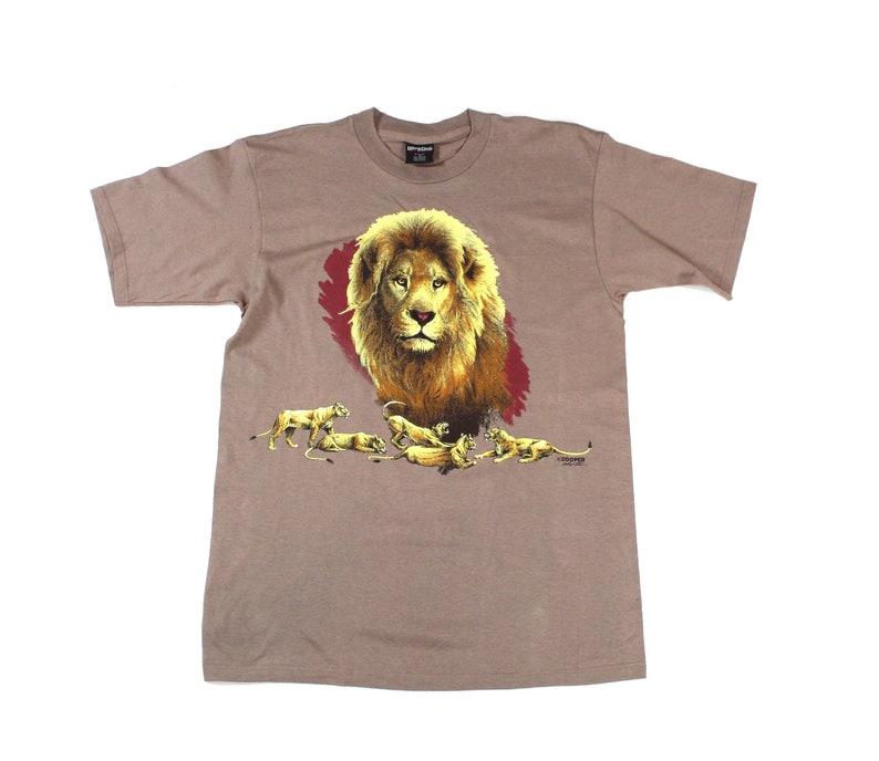 5f3eb620 Vintage Lion T-shirt Graphic Tee...Sz Large | Etsy