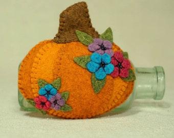 Stuffed Pumpkin, Wool Felt Autumn Pumpkin, Cinderella Pumpkin, Halloween Decoration * Ready to Sip