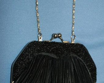 f638ed4d07 Vtg Bijoux Terner Satchel Purse Clutch Evening Bag Black Rouched Satin Trim Beads  Beaded Gold Chain