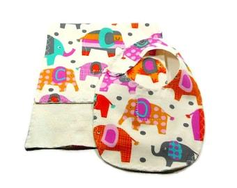 Organic gift set, burp cloth and bib, ecofriendly gift set, newborn baby gift, elephant baby gift, french terry bib, french terry burpie