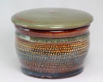 trinket jar, pottery jar with lid, salt or sugar bowl
