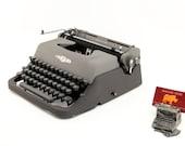 Vintage Typewriter, Tower...