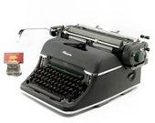 Vintage typewriter, Olymp...