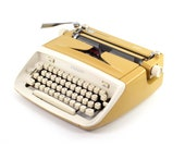 Restored vintage typewrit...