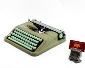 Restored typewriter, Herm...
