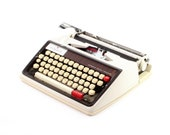 Restored Typewriter, Wiza...