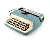 Vintage Typewriter, Smith...