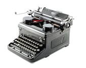 Antique Royal KHG Typewri...