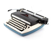 Vintage Typewriter, Sears...