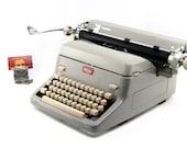 Royal FP Vintage Typewrit...