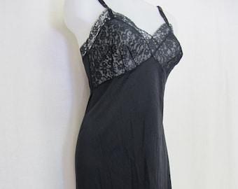 Mid century Italian NIB lingerie chemise slip nightgown vintage
