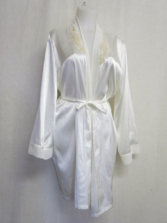 White Satin Robe Bridal Robe Applique Robe Linea D