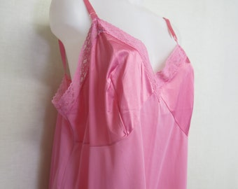 Plus Size Lace Slip Mad Men Pink Vanity Fair Slip 1970s