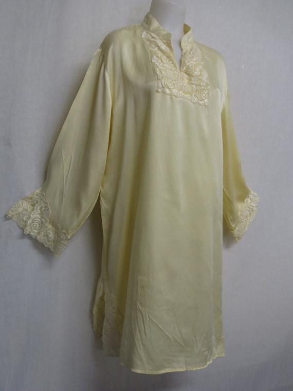 Silk Nightgown 1980s Nightgown Lemon Meringue Silk