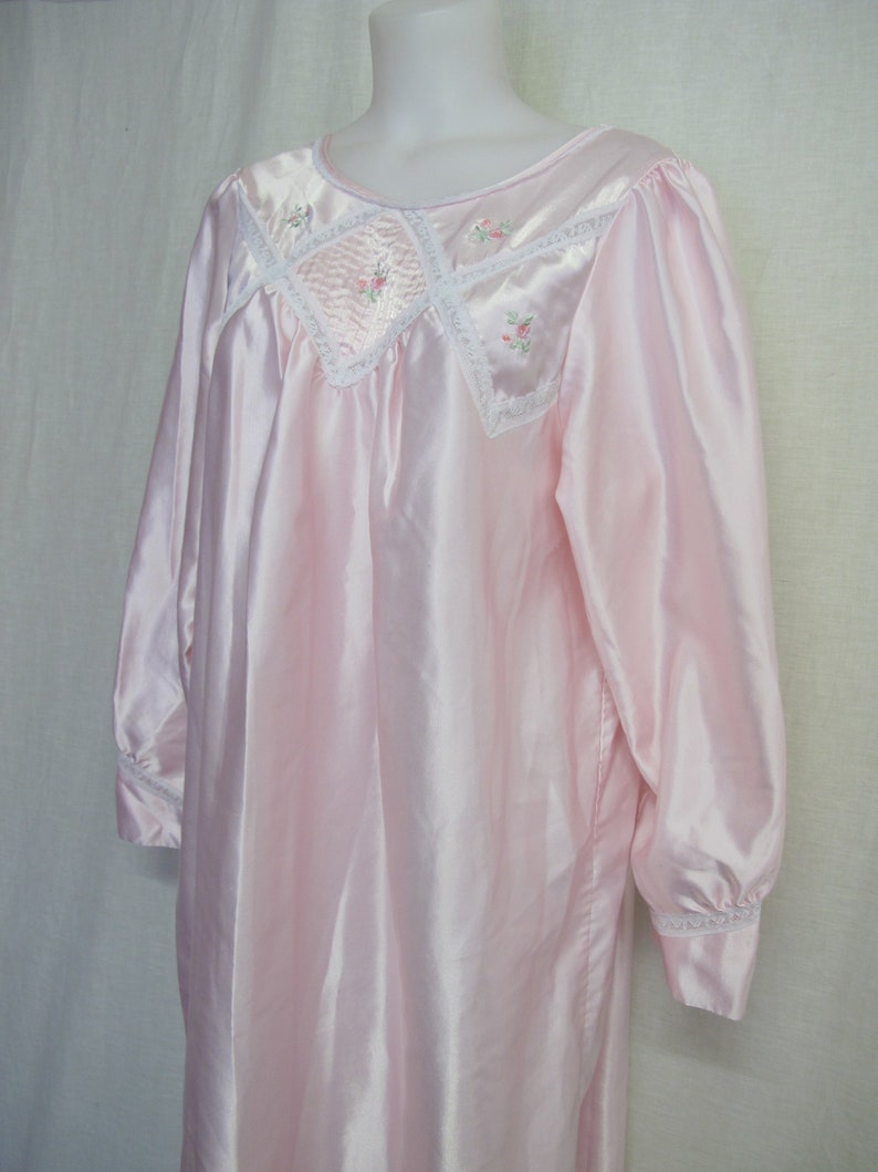 Old Fashioned Nightgown Prairie Long Sleeve Pink Satin  87bffd687