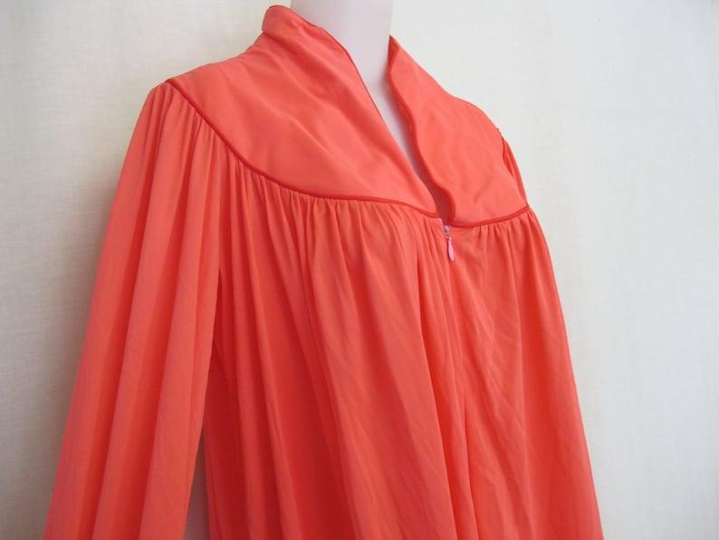 Mad Men Peignoir Mid Century Nylon Robe House Dress Loungewear Coral