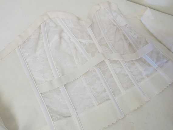 White Bustier Strapless Bra Merry Widow Wynette V… - image 6