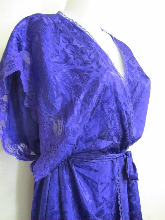 Lucie Ann Peignoir 1980's Sleeveless Negligee Pei… - image 5