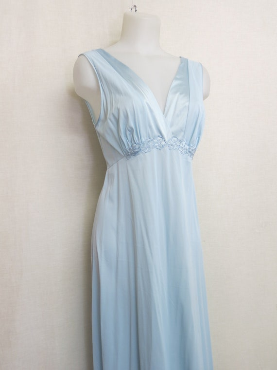 Vanity Fair Nightgown 1960's Nightgown Mad Men Nyl