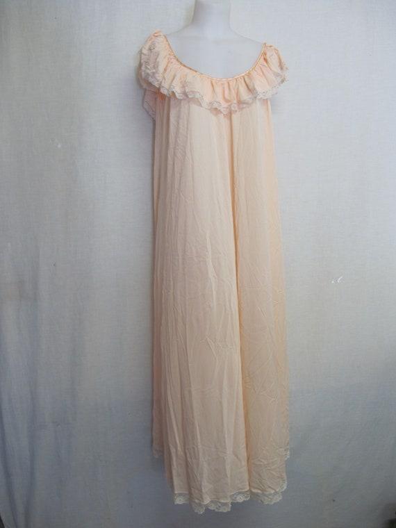 Mad Men Nightgown Claire Sandra Lucie Ann Blush P… - image 2