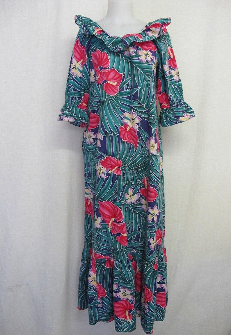 5e5626acd0d Hawaiian Caftan MuuMuu Hawaiian Dresss Hilo Hattie Cotton